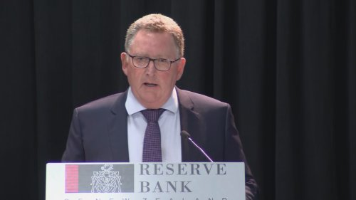 Reserve Bank Governor expects house price growth to fall to almost zero