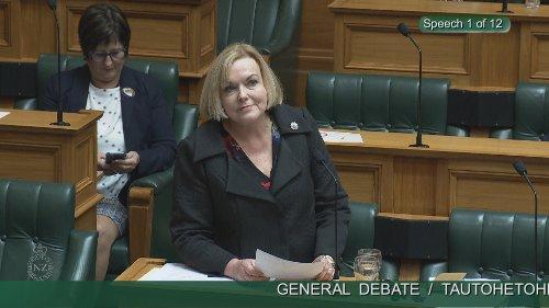Emergency Covid-19 alert interrupts Judith Collins at Parliament