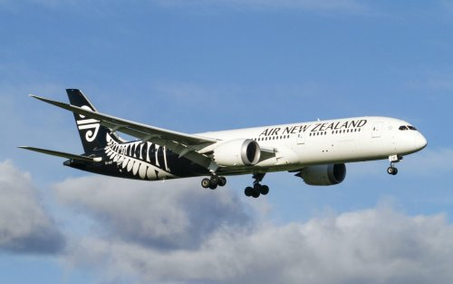 Antarctic polar blast disrupts Air NZ flights