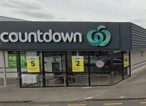 Young man arrested for 'cowardly assault' on 70-year-old at Auckland supermarket