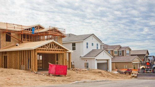 Investors, home buyers borrowing less, data shows