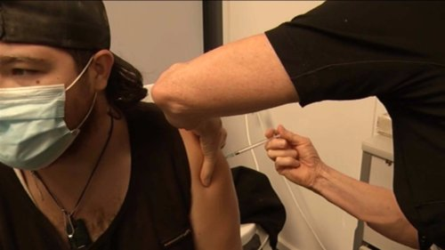 Calls grow for easing of lockdowns to be based on Māori vaccination rate