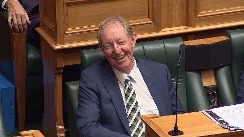 In final speech, Nick Smith apologises for voting against marriage equality, fulfilling promise to son