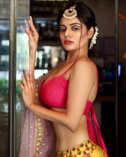 Make some romance with Delhi Escorts - erkuryapi.com.tr