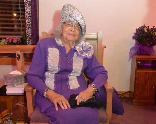 Thelma Lee Battle Buckner, former pastor, gospel singer and St. Paul 'granny,' dies at 89