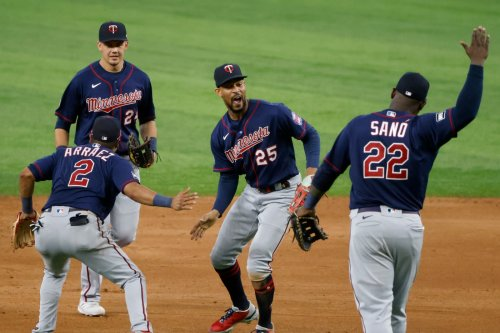 Newly healthy Twins help lead team to victory