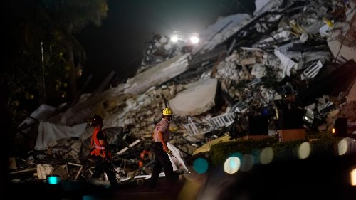 Toll in Florida collapse rises to 4; 159 remain missing