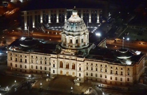 Minnesota lawmakers at a standstill on finalizing $52 billion state budget