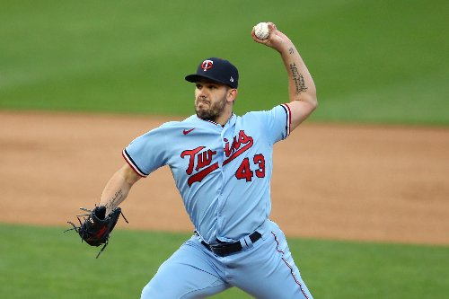 Twins drop second straight to Rangers