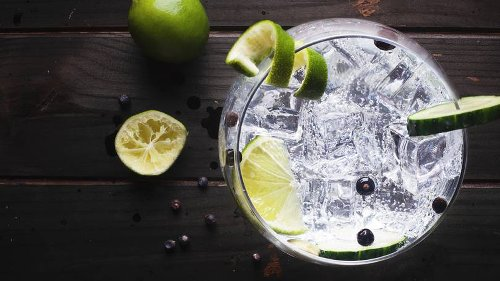 Aldi Launches Peach And Elderflower Glitter Globe Gin Liqueur