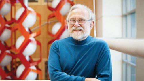 Biochemist Peter Walter Receives 2018 Breakthrough Prize in Life Sciences