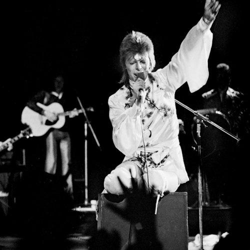 John Hutchinson, David Bowie Guitarist On 'Space Oddity,' Dies