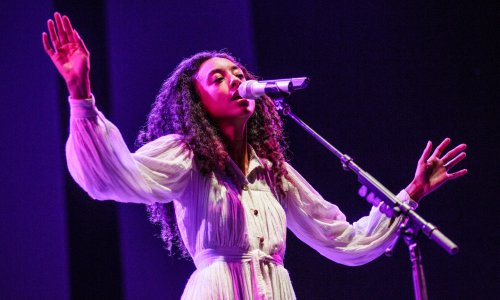 Corinne Bailey Rae and Joss Stone Link Up For 2022 Tour