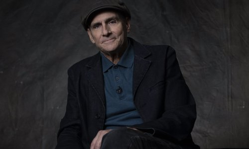 Watch James Taylor Sing Garth Brooks At 43rd Kennedy Center Honors