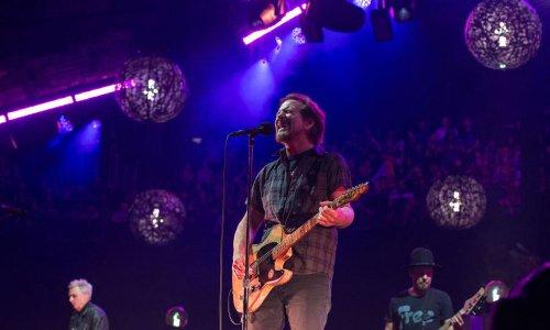 Pearl Jam, Beck To Play Eddie Vedder's Ohana Encore Festival