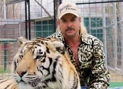 'Tiger King' Star Joe Exotic Accepts Prison Release Offer From Carole Baskin & Husband