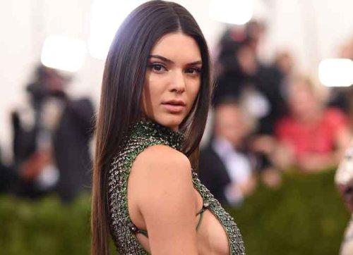 Kendall Jenner & Devin Booker Celebrate 1-Year Anniversary