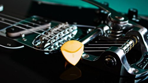 Essential Alternate Tunings For Guitar [Lessons]