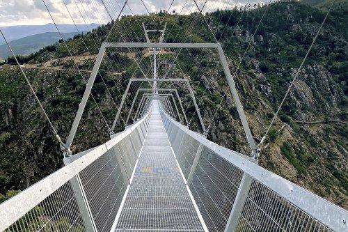 Arouca 516 Footbridge