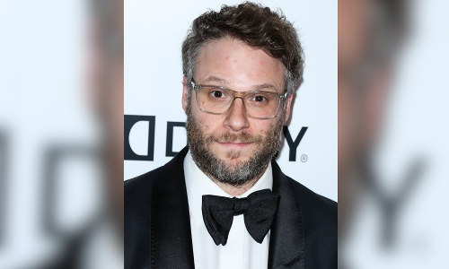 Handmade Vase By Seth Rogen Sells At Auction For Nearly $10k