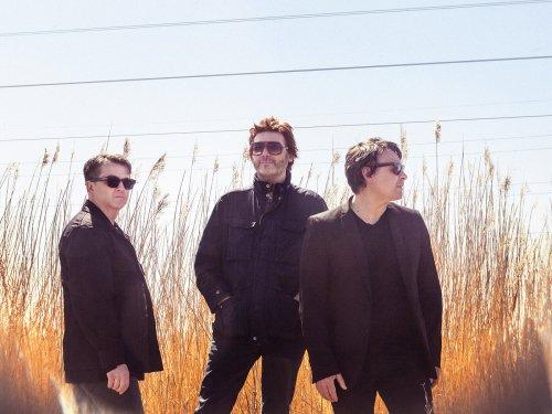 Manic Street Preachers announce new album, The Ultra Vivid Lament