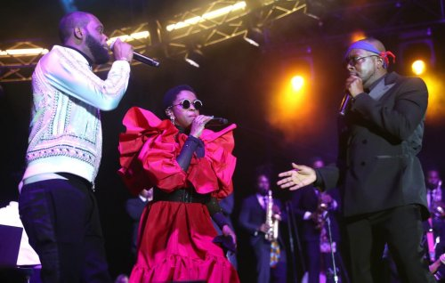 """Watch Fugees perform """"Ready Or Not"""" at first concert in 15 years for Global Citizen Live"""