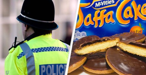 Police Officer Sacked After Underpaying For Jaffa Cakes