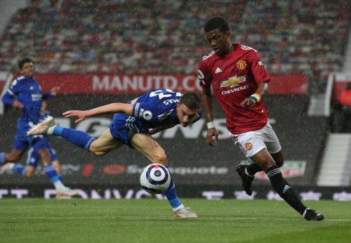 Michael Owen dismisses Amad's assist on Manchester United league debut, pundit makes lunacy 'dock points' claim