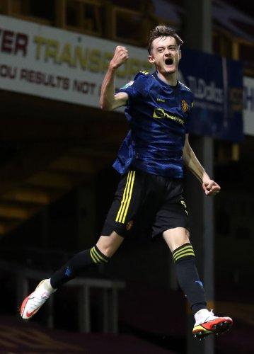 17-year-old Manchester United striker breaks seven-month scoring drought in EFL Trophy win