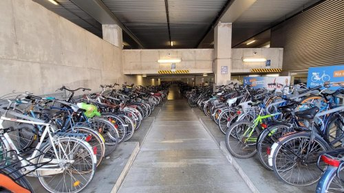 Bruges: attention les vélos!