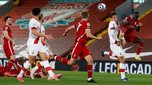 Liverpool derrota Southampton e encosta no G4 da Premier League