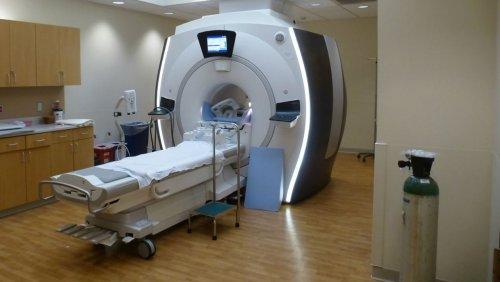 Homem morre depois de ser sugado por máquina de ressonância magnética