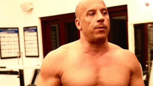 """Vin Diesel acredita que Paul Walker """"enviou"""" John Cena para papel em Velozes e Furiosos 9"""