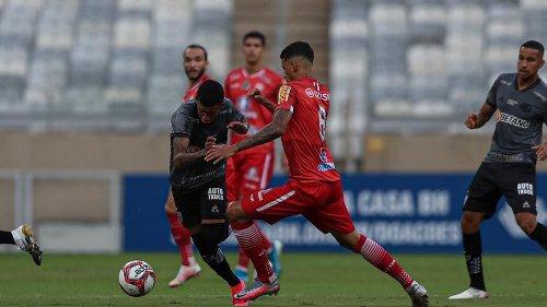 Atlético-MG empata com Tombense e avança à final do Campeonato Mineiro