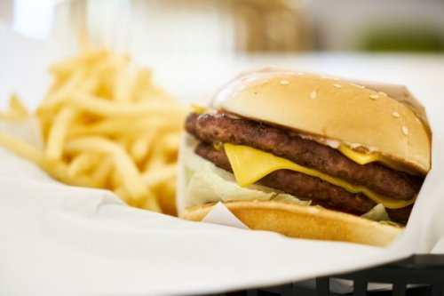 Fatty meats, processed foods of 'western lunch' raise heart disease risk