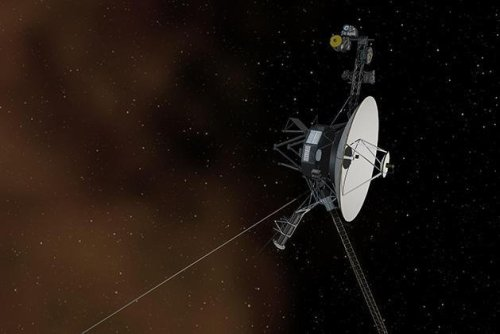 Voyager 1 and 2 detect new kind of solar electron burst