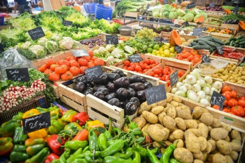 Plant-rich diet may lower odds for severe COVID-19, study suggests