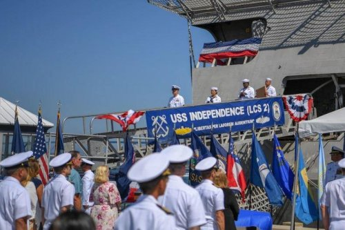 Navy decommissions USS Independence, first littoral combat ship of its class