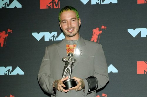 J Balvin, Padma Lakshmi join 'Nick News' special about immigration