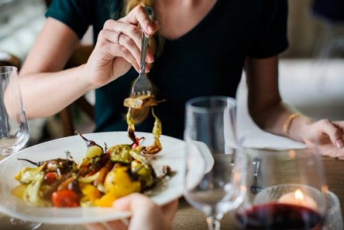 'MIND' diet may help preserve brain health in people with MS