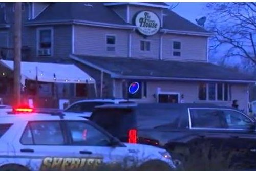 3 dead, 2 injured in shooting at bar in Kenosha