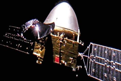 China's Tianwen-1 spacecraft achieves orbit at Mars