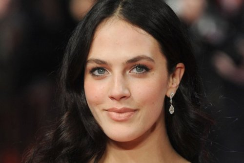 Jessica Brown Findlay, Thomasin McKenzie to lead BBC's 'Life After Life' ensemble