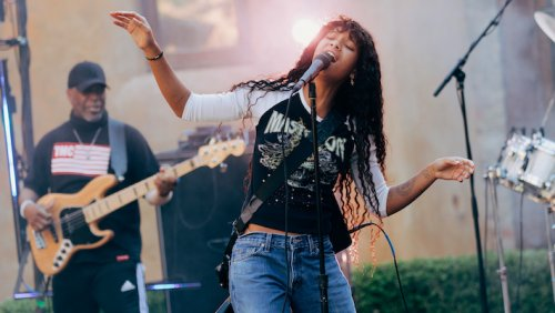 Willow Reunites Jada Pinkett Smith's Former Metal Band For A Cover