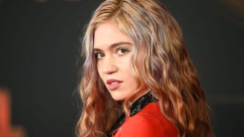 Grimes Teases An Appearance On The Elon Musk-Hosted Episode Of 'SNL'