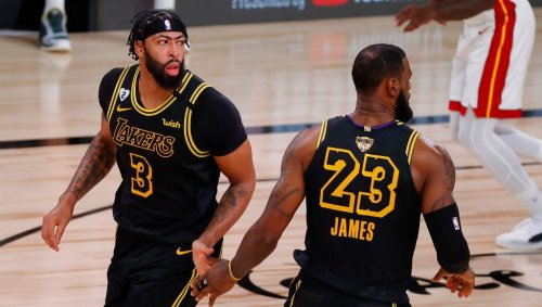 Report: LeBron James, Anthony Davis Could Return In Next Three Weeks