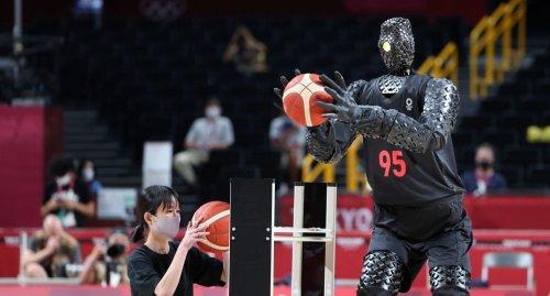 The Olympics Basketball Robot Is A Fraud