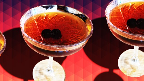 The Manhattan Is The Official Cocktail Of NYE -- Here's Our Recipe