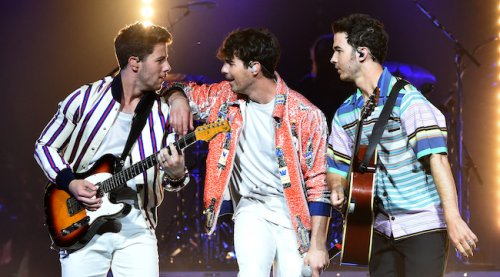 Jonas Brothers Share Funky New Song, 'Who's In Your Head'