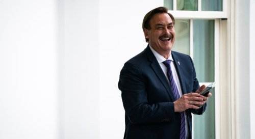 MyPillow Guy Mike Lindell Lost Millions Making Masks No One Bought